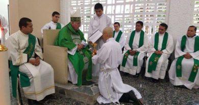 Ordenación sacerdotal a seminarista colombiano con enfermedad terminal